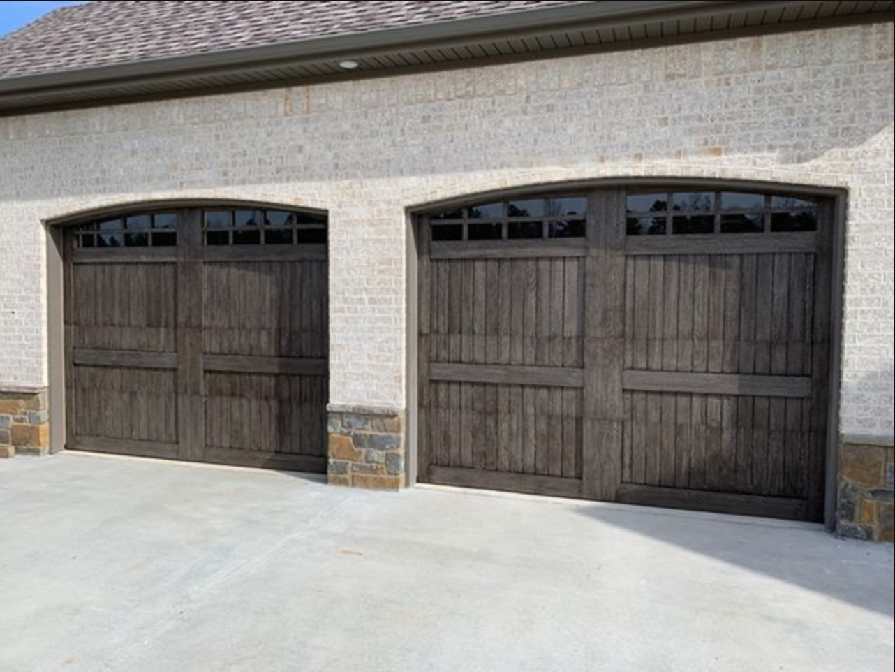 Kodiak DGS TX, Premium Garage Carriage Doors